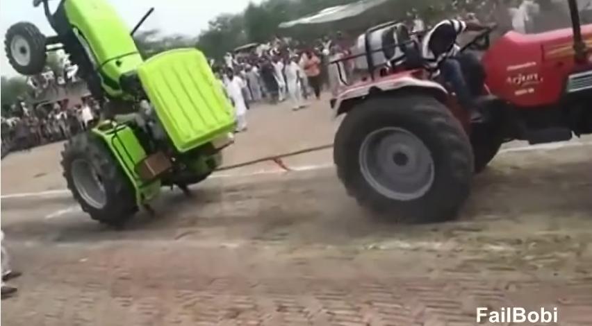 Compilation D Accidents De Tracteurs Tractopia