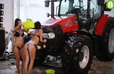 tractor washing